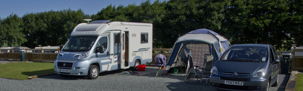 motorhomes and campervans at Globe Vale
