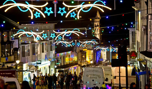 out of season holidays helston christmas lights